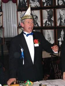 In 2006 treedt Jan VI af als voorzitter van de Aod Preense Club en wordt benoemd tot ere-voorzitter