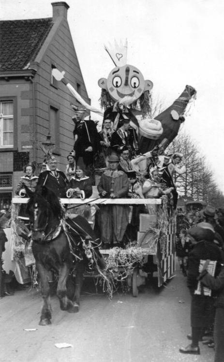 1939 prinsewagen met preens pierre i en vorst